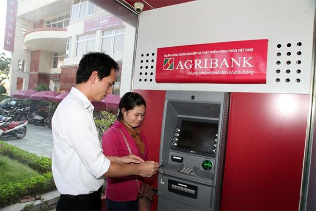 Kiểm tra số dư Agribank qua cây ATM