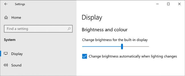 Điều chỉnh độ sáng máy tính thông qua cài đặt Settings